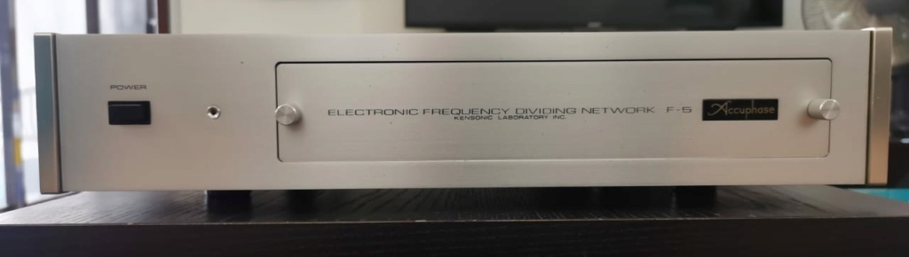 Accuphase F5 Electronic Crossover Whatsa15