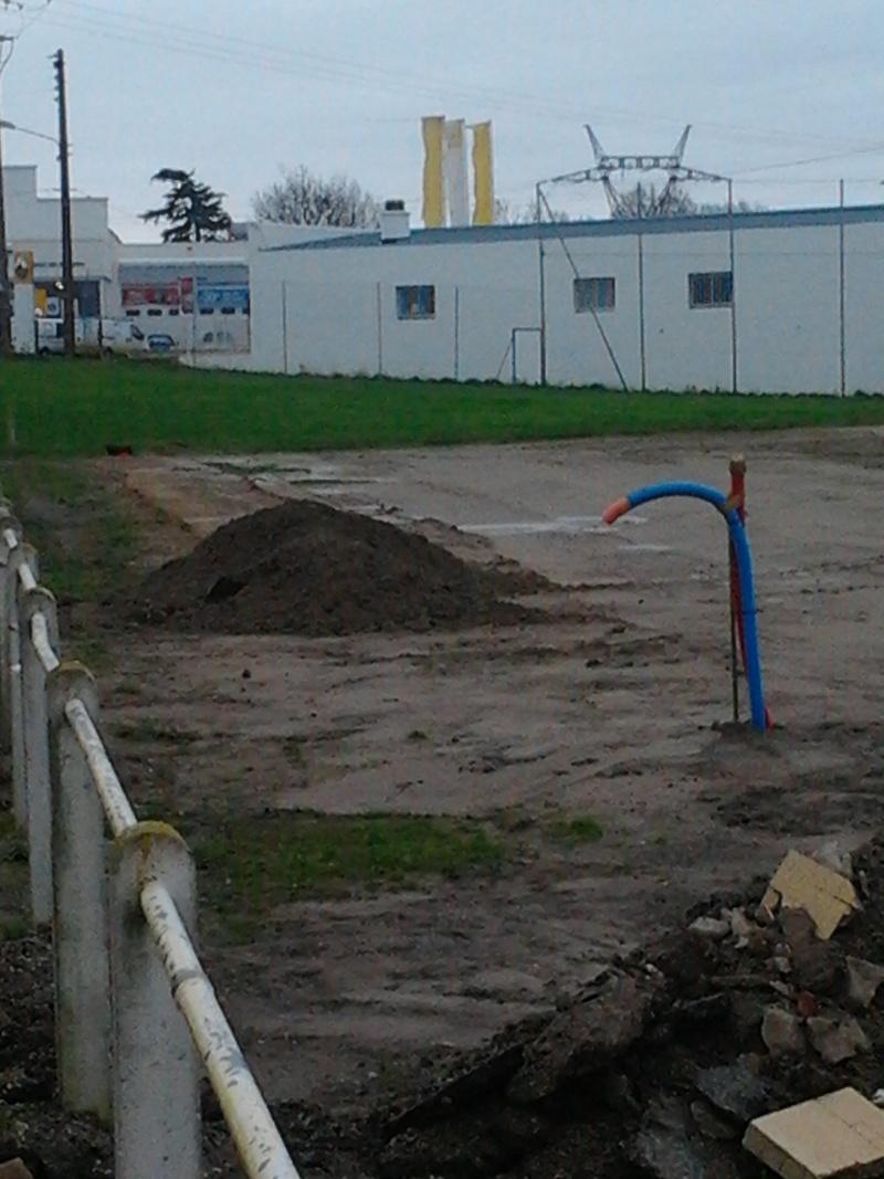 avancement des travaux du terrain exterieur 2012-110