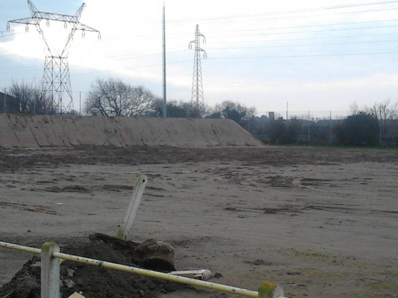 avancement des travaux du terrain exterieur 2013-011