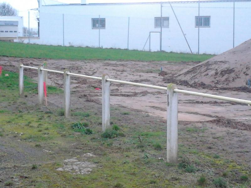 avancement des travaux du terrain exterieur 2013-017