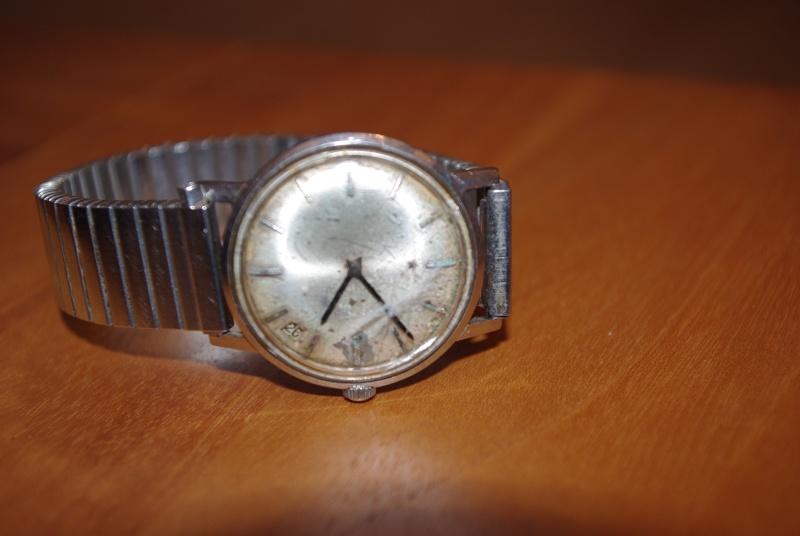 Jaeger -  [Le TOPIC des demandes d'IDENTIFICATION et RENSEIGNEMENTS de montres est ICI] - Page 40 Imgp5311