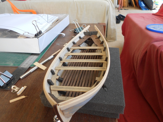 Bounty's Jolly boat 1/25e Artesania Latina Dscn7211
