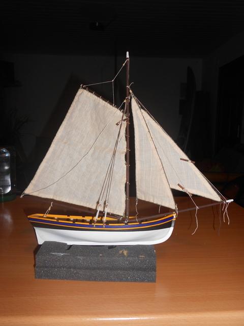 Bounty's Jolly boat 1/25e Artesania Latina Dscn7312
