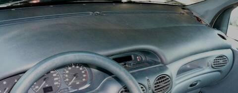 Renault Megane Scenic 1 9d An 1998 Demonter Partie Superieur Du Tableau De Bord