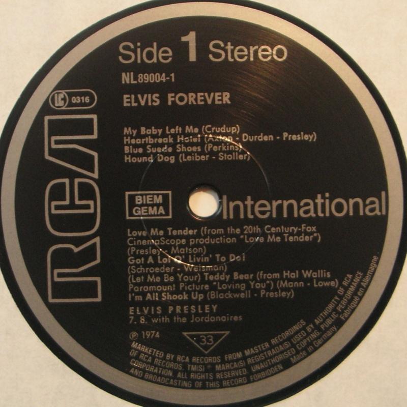 ELVIS FOREVER - 32 HITS 1c78