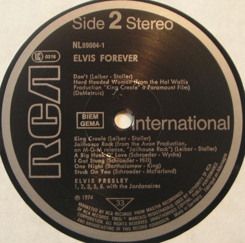 ELVIS FOREVER - 32 HITS 1e50
