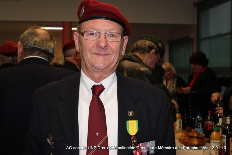 Une médaille Militaire à Dreux Img_5815