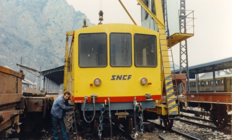 Photos du déchargement de la Z 115 en gare de Villefranche Vernet les Bains Acro1_10