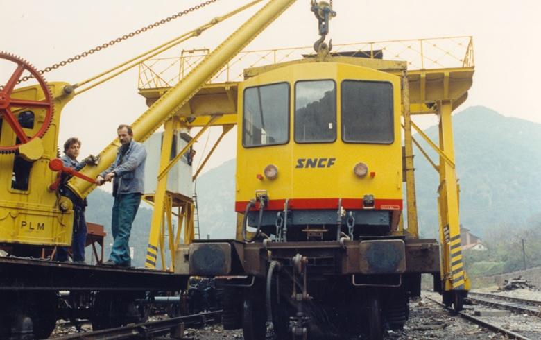 Photos du déchargement de la Z 115 en gare de Villefranche Vernet les Bains Dech5_10