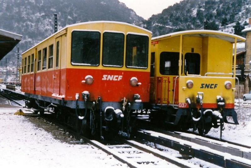 Photos du déchargement de la Z 115 en gare de Villefranche Vernet les Bains Ntj_8_10