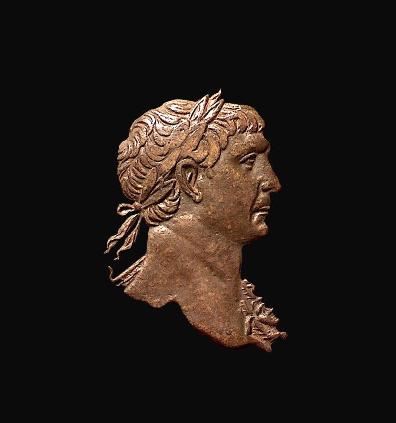 Tronches d'empereurs Trajan10