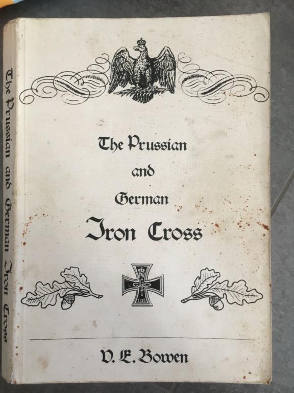 Livre sur les croix de fer prussienne et allemande  77517010