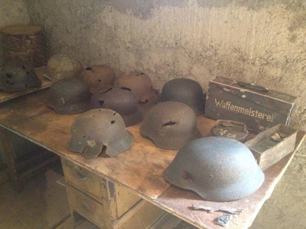 Reliques de combat  (casques caisses et equipements All ww2) Thumbn22