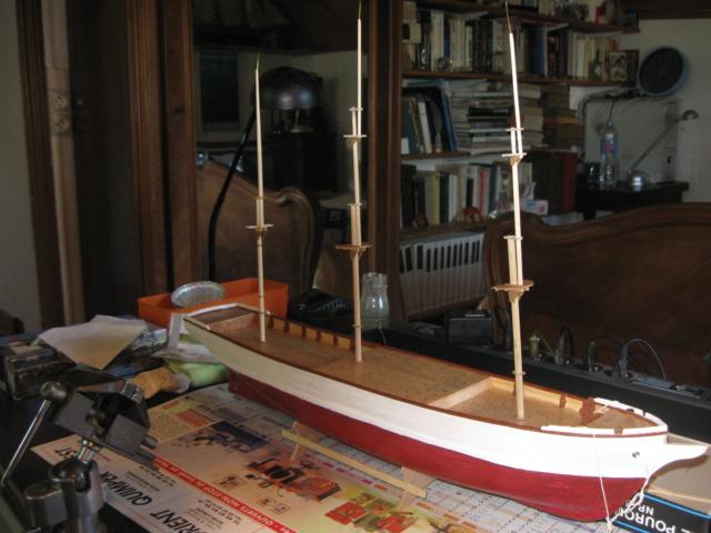 Pourquoi-Pas. Maquette 1/75e de Billing Boats - Page 5 Img_2483