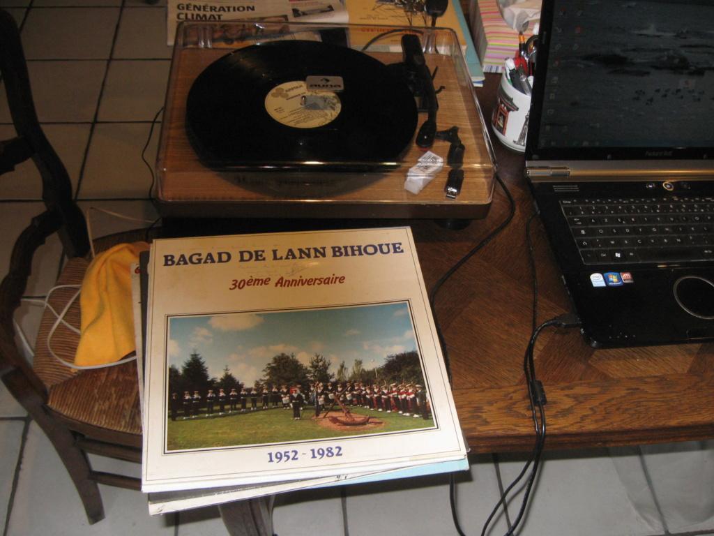 [La musique dans la Marine] Bagad de Lann-Bihoué - Page 21 Img_2613