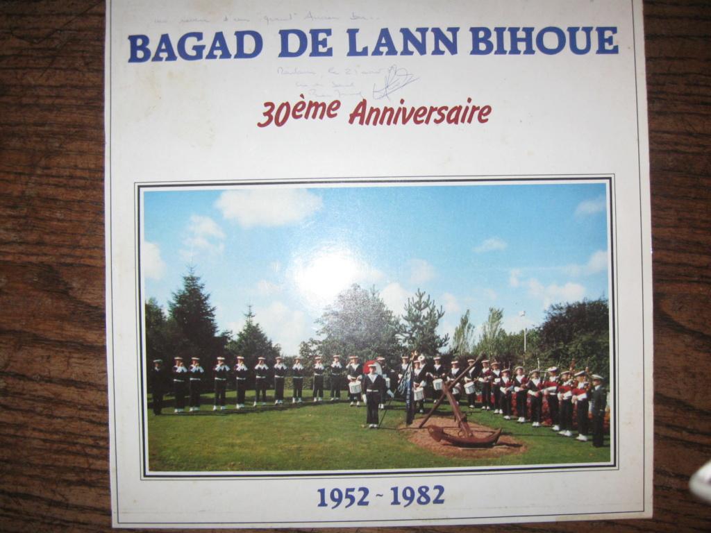 [La musique dans la Marine] Bagad de Lann-Bihoué - Page 21 Img_2614