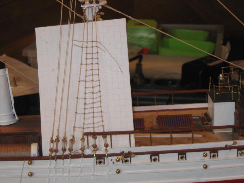 Pourquoi-Pas. Maquette 1/75e de Billing Boats - Page 7 Img_2633