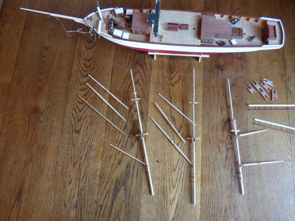 Pourquoi-Pas. Maquette 1/75e de Billing Boats - Page 6 P1080019