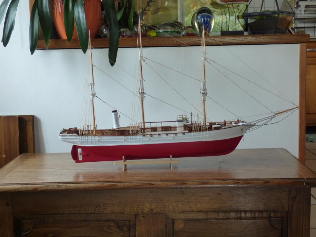 Pourquoi-Pas. Maquette 1/75e de Billing Boats - Page 7 P1080710
