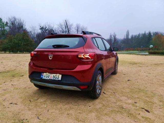 2020 - [Dacia] Sandero / Logan III - Page 36 Zs212