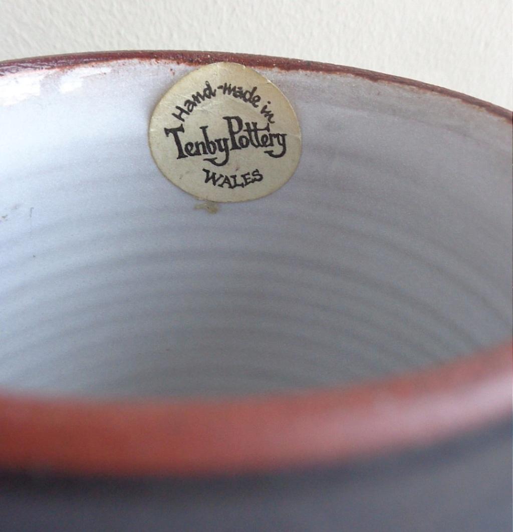 Mary (Boo) and Tony Markes, Tenby Pottery Ten210
