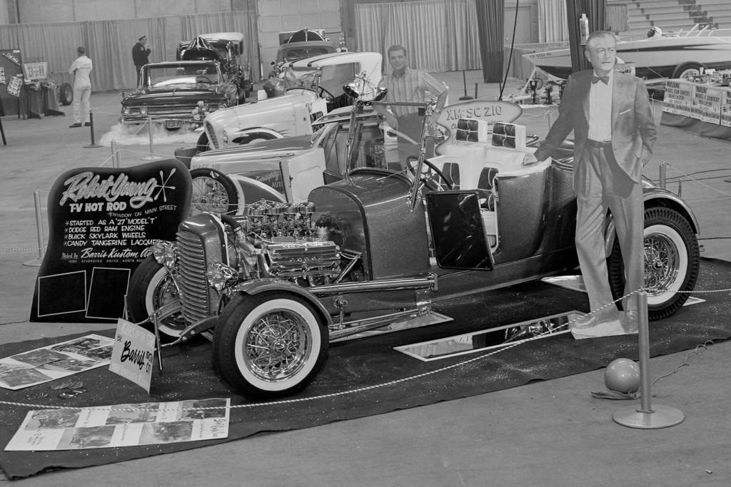 Vintage Car Show - Page 22 008-ar10