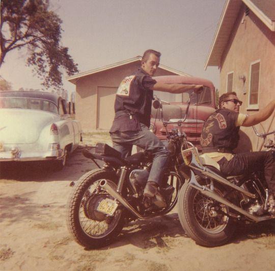 Photo Vintage -vintage pics - Chopper & Bobber - Page 3 07606e10