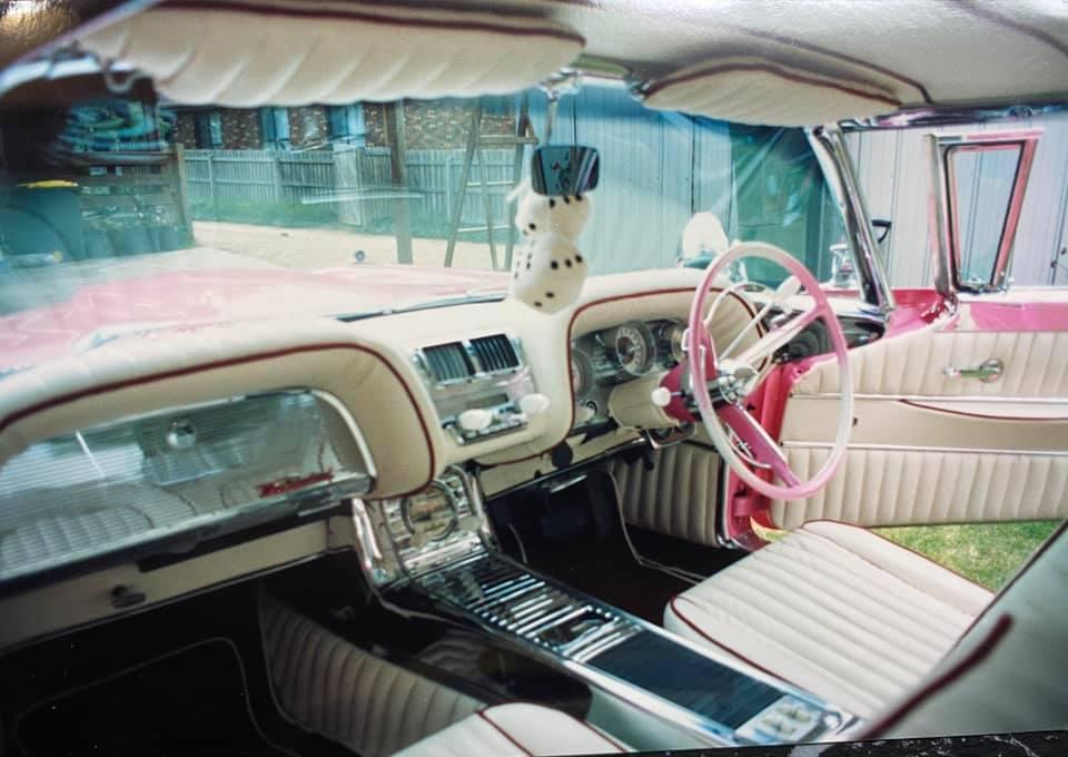 Ford Thunderbird 1958 - 1960 custom & mild custom - Page 3 10477410