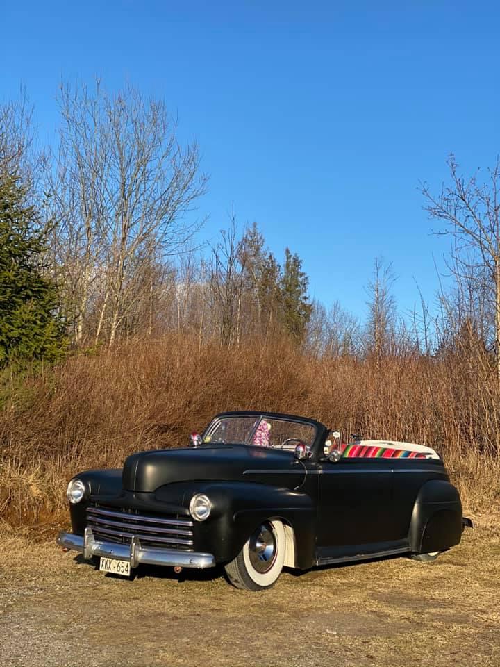 Ford & Mercury 1941 - 1948 customs & mild custom - Page 8 10558010