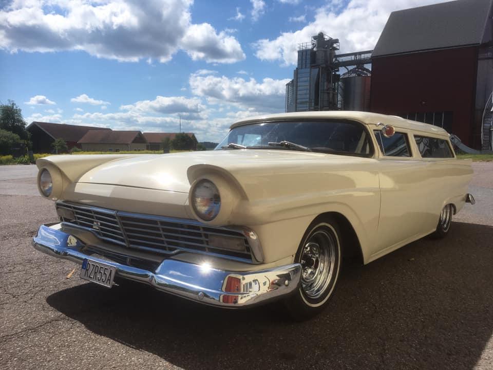 Ford 1957 & 1958 custom & mild custom  - Page 8 10655410