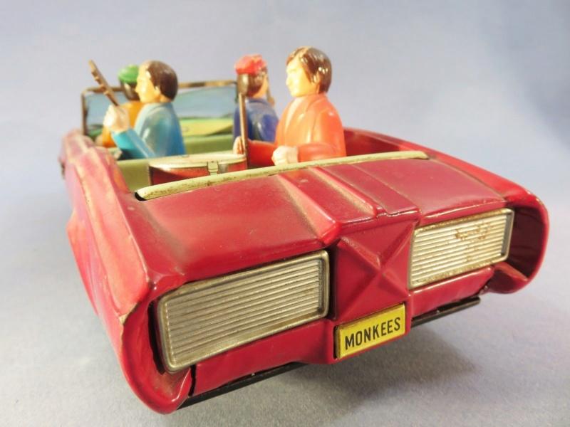 VOITURE MONKEES ASC en tôle des années 60'S. barris kustom - pontiac gto 1110