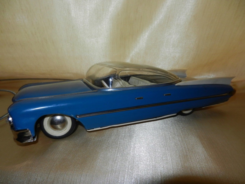 1959 RUSSIAN TIN TOY LIMOUSINE CADILLAC  1126
