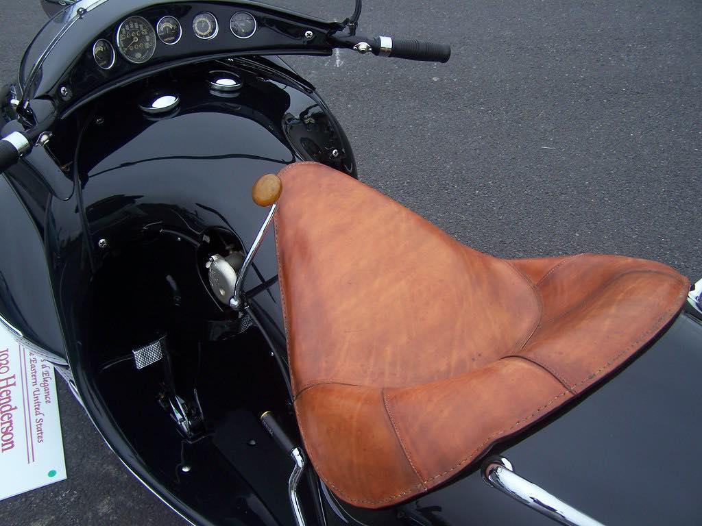Henderson Streamliner art deco bike 11730010