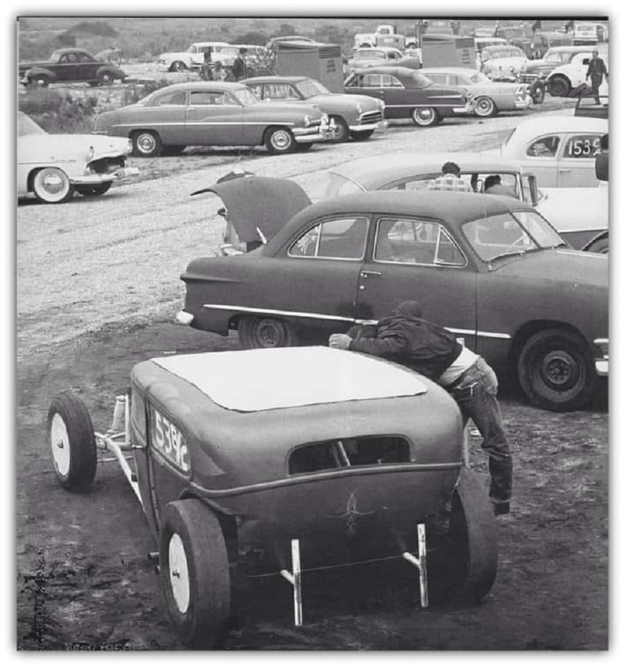 1950's & 1960's hot rod & dragster race - Page 4 12219710