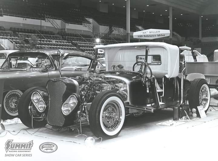 Vintage Car Show pics (50s, 60s and 70s) - Page 23 12302710