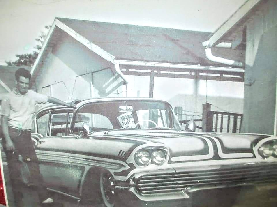 custom cars in the street - in situation ( vintage pics 1950's & 1960's)  - Page 6 12443910