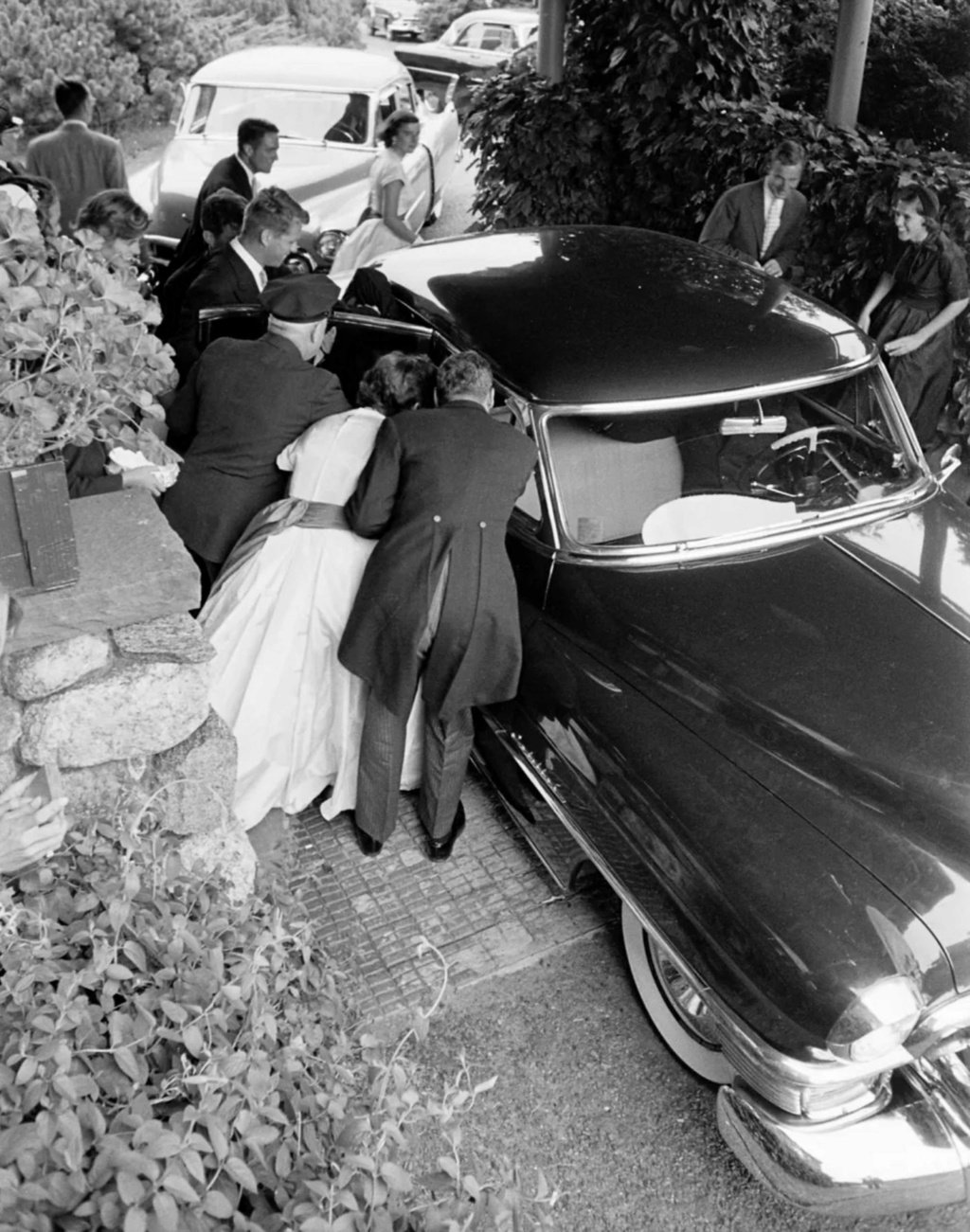 fifties & early sixties cars in situation - Vintage pics - Page 4 12619710