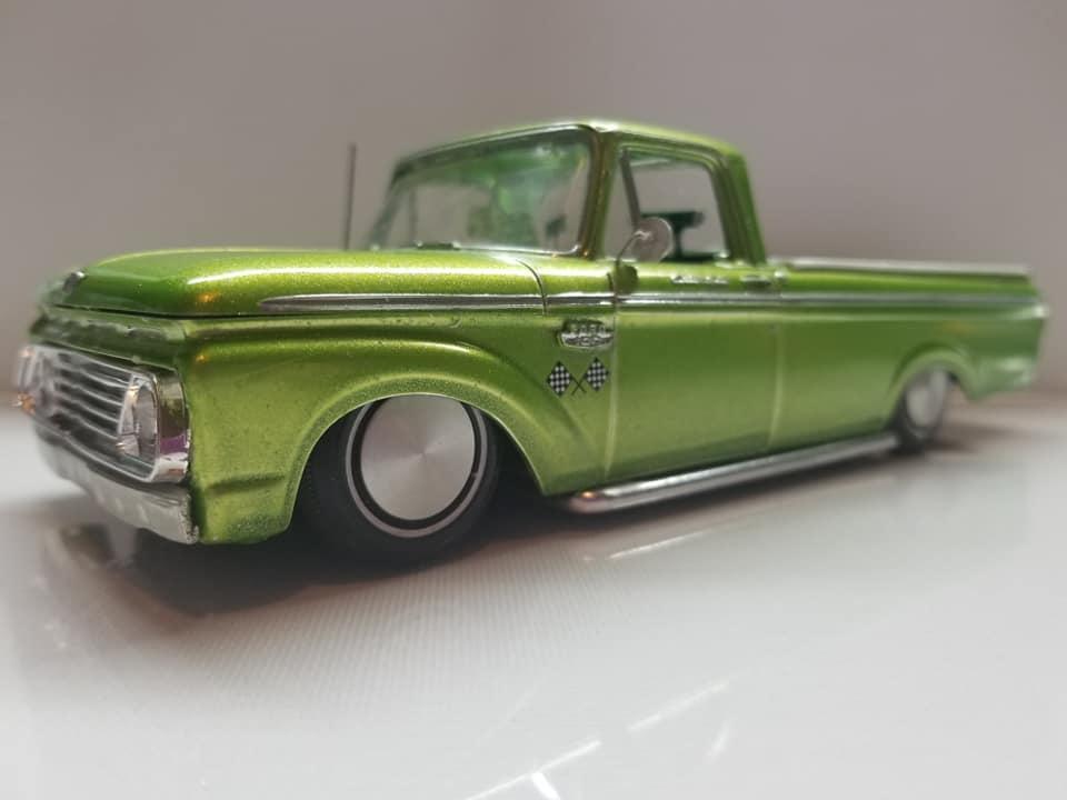 Vintage built automobile model kit survivor - Hot rod et Custom car maquettes montées anciennes - Page 14 12720510