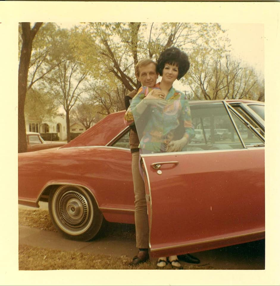 fifties & early sixties cars in situation - Vintage pics - Page 4 12791510