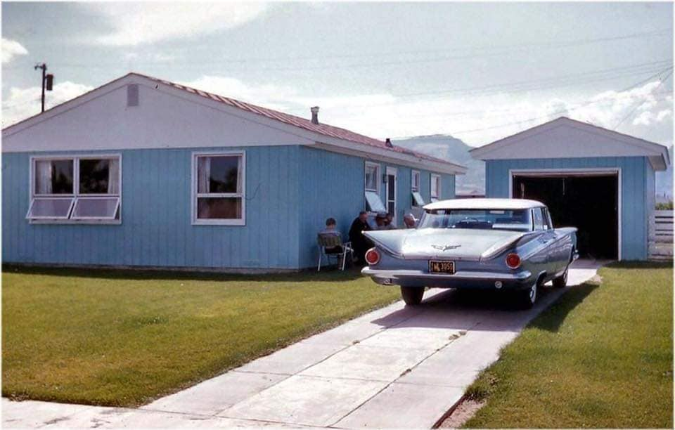 fifties & early sixties cars in situation - Vintage pics - Page 4 12819910