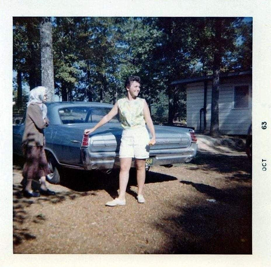 fifties & early sixties cars in situation - Vintage pics - Page 4 12833610