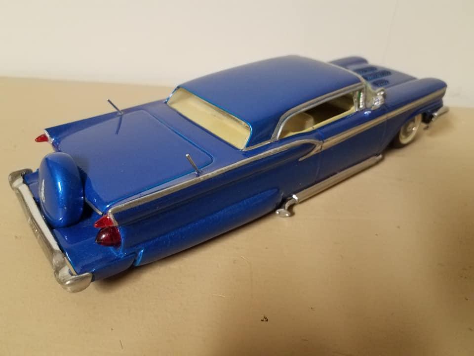 Vintage built automobile model kit survivor - Hot rod et Custom car maquettes montées anciennes - Page 14 12837410