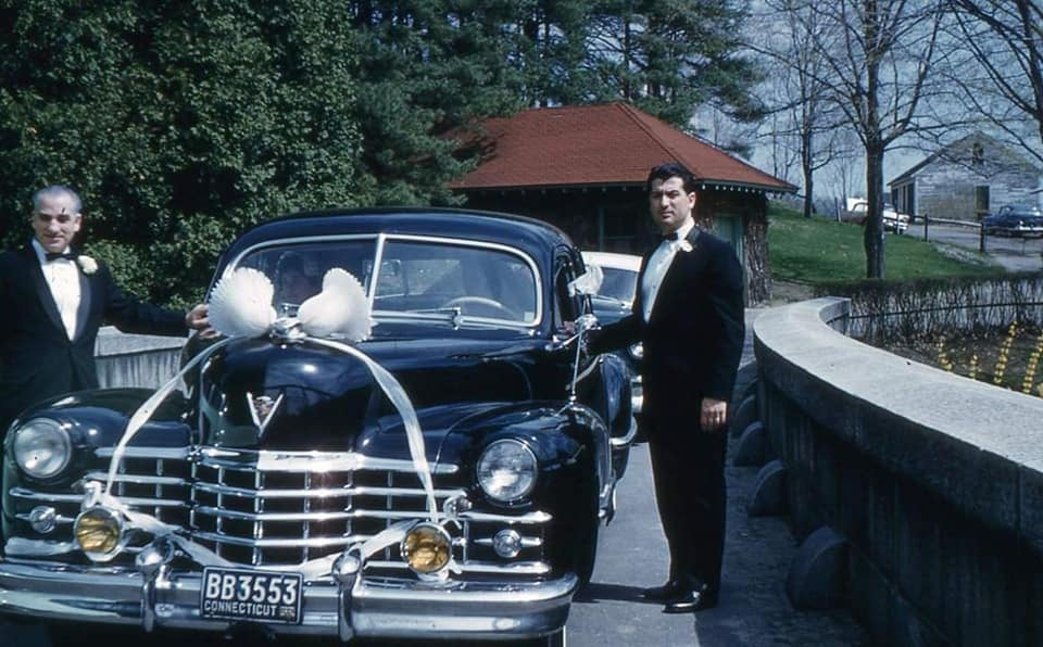 fifties & early sixties cars in situation - Vintage pics - Page 4 12844610