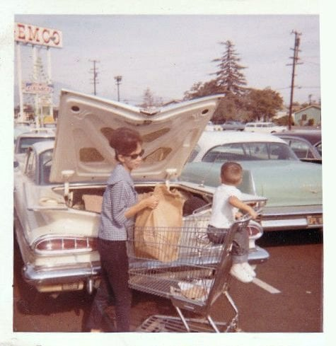 fifties & early sixties cars in situation - Vintage pics - Page 4 12855111
