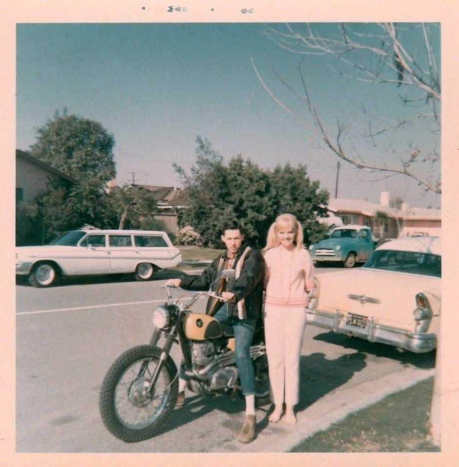 fifties & early sixties cars in situation - Vintage pics - Page 4 12861210