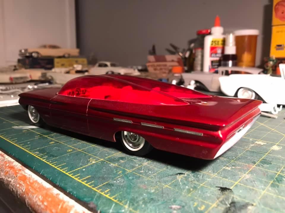Vintage built automobile model kit survivor - Hot rod et Custom car maquettes montées anciennes - Page 14 12876810