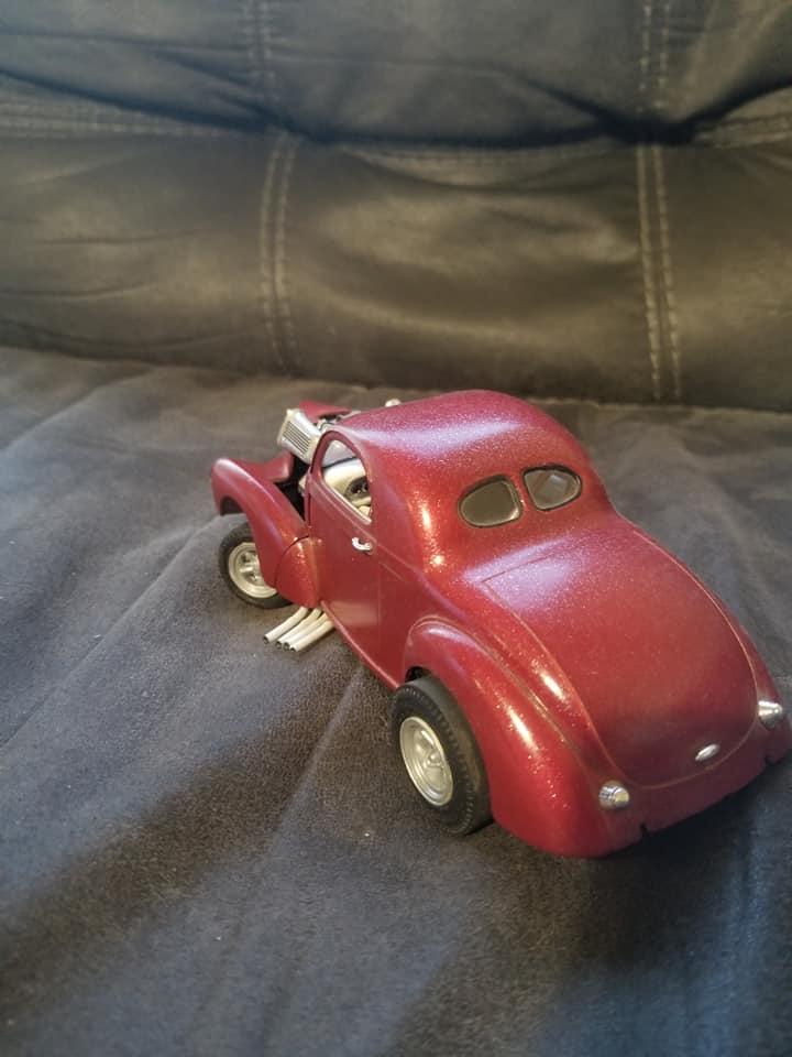 Vintage built automobile model kit survivor - Hot rod et Custom car maquettes montées anciennes - Page 14 12881610