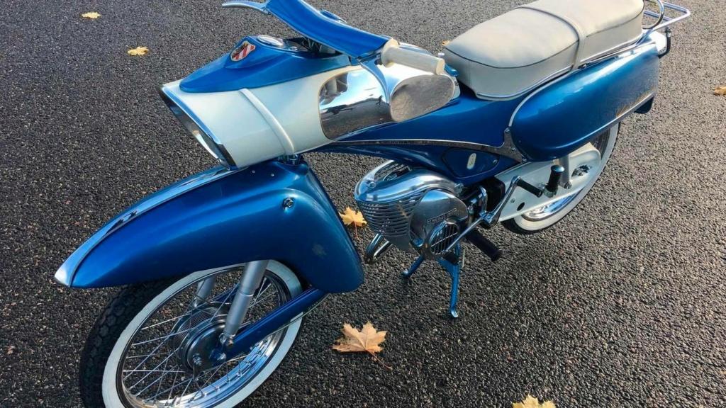 "1961 Victoria 115 ""Tin Banana"" 50cc 12895410"