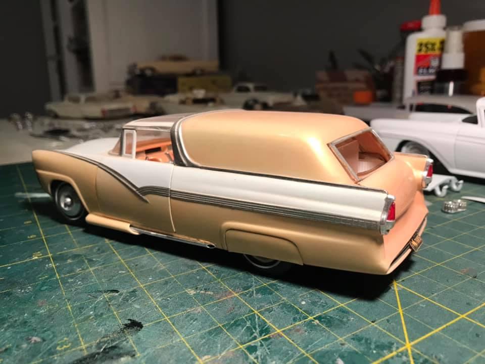 Vintage built automobile model kit survivor - Hot rod et Custom car maquettes montées anciennes - Page 14 12905410