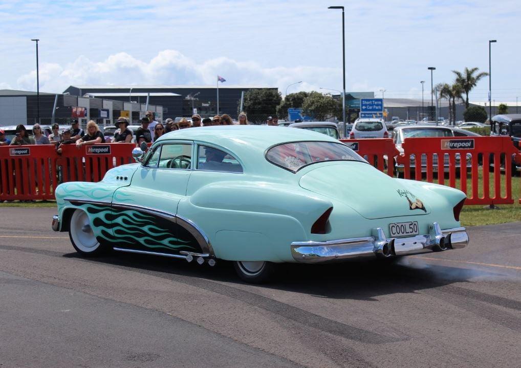 Buick 1950 -  1954 custom and mild custom galerie - Page 9 13204510